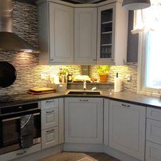 . Kitchen Cabinets, Home Decor, Decoration Home, Room Decor, Cabinets, Home Interior Design, Dressers, Home Decoration, Kitchen Cupboards