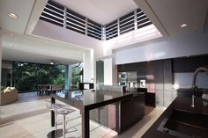 Triangulo House / Ecostudio Architects