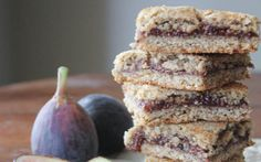 Oat and Walnut fig newton cookies have fresh fig jam, crumbly cookie dough made from gluten-free rolled oats, Fig Recipes Gluten Free, Gluten Free Cakes, Vegan Recipes, Cookie Recipes, Healthy Bars, Healthy Sweets, Healthy Baking, Healthy Snacks, Fresh Fig Newton Recipe