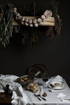 BROODING BLACK AND WHITE HALLOWEEN DECOR on Eye-Swoon.com