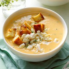 Sweet Potato and Crab Soup Recipe -This sweet and savory soup is quick and easy to prepare. You can substitute butternut squash or pumpkin for the sweet potatoes, depending on what you have on hand. Crab Soup, Seafood Soup, Seafood Recipes, Soup Recipes, Seafood Dinner, Recipies, Cooking Recipes, Loaded Baked Potato Soup, Sweet Potato Soup