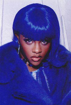 Lil Kim in the 'Crush On You' Music Video Hip Hop And R&b, 90s Hip Hop, Hip Hop Rap, Hip Hop Fashion, 90s Fashion, School Fashion, Lil Kim 90s, Soft Ghetto, Ghetto Fabulous