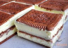 Bolo de fatias de creme de baunilha e biscoito de manteiga - Bolo de biscoito de manteiga / bolo de biscoito - Backen&Torten - Easy Smoothie Recipes, Banana Recipes, Ice Cream Recipes, Snack Recipes, Cooking Recipes, Bread Recipes, Biscuit Cake, Pudding Desserts, Peanut Butter Banana