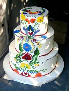 Elegant Mexican Wedding Dresses | Beautiful Mexican style wedding cake...