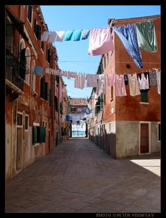 Italy Picture: Laundry day in Venice