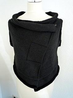 Knitting+Ideas | Knitting Ideas / Ravelry: claudiapetra's Wrapigan#1