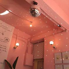 aesthetic pink pastel sweet soft art coral peach tropical minimalism summer self care flower travel bullet journal cafe rose blush food sweet peachy make up room decor fairy lights Orange Aesthetic, Korean Aesthetic, Aesthetic Colors, Aesthetic Pictures, Aesthetic Beauty, Aesthetic Dark, Aesthetic Pastel, Aesthetic Grunge, Orange Pastel