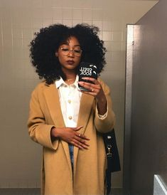 Whether it's terry cloth coats, leather sets, or extra-large (and furry) bucket hats, winter is never an excuse to not give a look. Curly Hair Styles, Natural Hair Styles, Pelo Natural, Next Clothes, Black Girl Aesthetic, Lookbook, Black Women Fashion, Black Girls Hairstyles, Look Chic