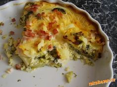 Zapečená brokolice se sýrem Lasagna, Quiche, Treats, Breakfast, Ethnic Recipes, Food, Sweet Like Candy, Morning Coffee, Goodies
