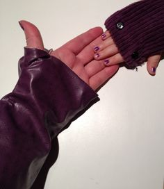 Mitaines adulte Gloves, Couture, Fingerless Gloves, Sewing, Haute Couture, Mittens