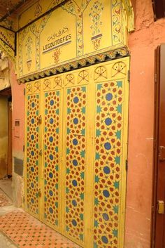 Store shutters in Fez Morocco - It truly is a feast for the eyes - even store shutters are decorative - A Women's Guide to Morocco Travel - women-on-the-road. Spain Travel, France Travel, Travel Advice, Travel Tips, Solo Travel, Visit Marrakech, Fez Morocco, Morocco Travel, Travel Scrapbook