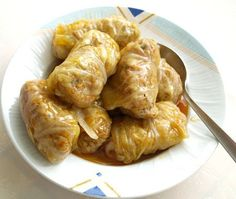 Lahanodolmades - greek traditional recipe for stuffed cabbage rolls with meat and rice. (meals for two recipes soy sauce) Gemista Recipe, Greek Cooking, Greek Dishes, Cabbage Rolls, Comfort Food, Cabbage Recipes, Middle Eastern Recipes, Mets, Mediterranean Recipes
