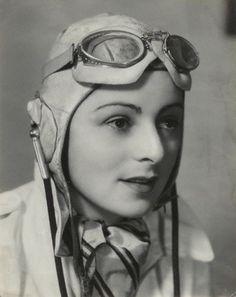 Women in WWII - Mona Friedlander, pilot in the Second World War Great Women, Amazing Women, Pinup, I Look To You, Female Pilot, Women In History, British History, Famous Women, Dieselpunk
