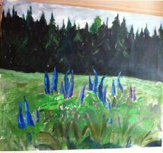 Lupiner och skog