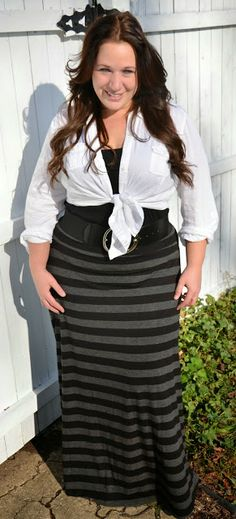 Plus size fashion for women Plus Size Fashion Blogger Full Figured & Fashionable Plus Size OOTD Plus Size Fashion http://fullfiguredandfashionable.blogspot.com/