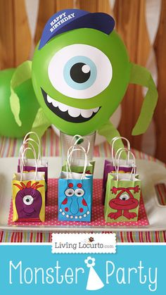 DIY Mike Wazowski Balloon. Printable Design for a fun Monsters University Birthday Party!  #monstersu #party #printable