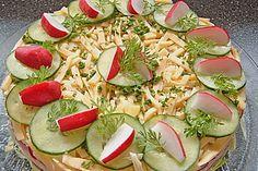 Salattorte, ein schmackhaftes Rezept aus der Kategorie Party. Bewertungen: 190. Durchschnitt: Ø 4,4.