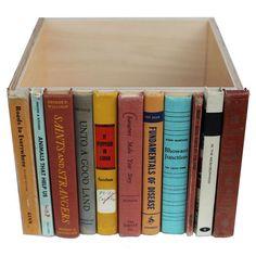 Ящик - тайник своими руками на книжной полке