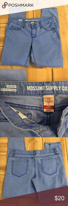 Mossimo Supply Company Jeans Ankle skinny light blue ladies jeans. NWOT Mossimo Supply Co Jeans Skinny