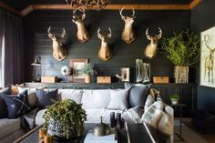 Going to the Dark Side Rooms with a (Moody) Hue – Game room decor . Going to the Dark Side Rooms with a (Moody) Hue – Game room decor # Deer Mount Decor, Deer Head Decor, Taxidermy Decor, Taxidermy Display, Bird Taxidermy, Funny Taxidermy, Butterfly Taxidermy, Living Room Designs, Living Room Decor