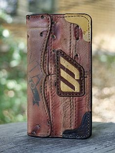 Custom Wallets & Other Badass Gear For The Guy Who Thought He Had Everything Leather Art, Custom Leather, Handmade Leather, Christmas Gifts For Boyfriend, Boyfriend Gifts, Custom Wallets, Best Wallet, Best Gifts For Men, Denim Bag