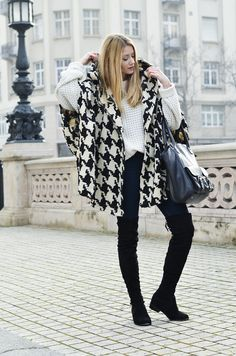 Poncho – Tras design | Fifty Pairs Of Shoes #poncho #kneehigh #boots #houndstooth