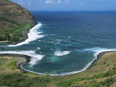 black_sand_beach_on_molokai__hawaii.jpg