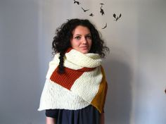 Love the colors of this cosy big scarf!