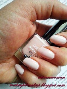 Golden Rose Rich Color 52 (Make up and break up. Opi Nails, Manicure, Nail Polishes, Makeup Inspiration, Fashion Inspiration, Makeup Blog, Short Nails, Essie, Nail Colors