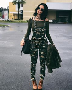 Stylish streetwear inspirations for girls who love style - Stylish Clothes & Hair Camo Outfits, Girl Outfits, Casual Outfits, Summer Outfits, Fashion Outfits, Teen Fashion, Love Fashion, Autumn Fashion, Fashion Men