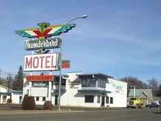 Grandma Ohmie used to eat hamburgers here a lot. She lived across the road in some senior housing. (Thunderbird Motel, Ellensburg WA)