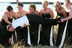 Funny wedding photos! I have to do this one and the opposite for my wedding!!!