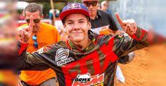 Gaúcho de Lajeado, cidade a 120km de Porto Alegre, aos 16 anos de idade, o piloto ENZO LOPES se destaca há anos no motocross nacional e internacional com seu talento nato e dedicação total ao esporte.