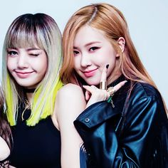 BLACKPINK// Lisa and Rose  My 2 biases