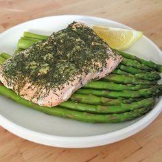 Steamed Lemon Dill Salmon with Asparagus