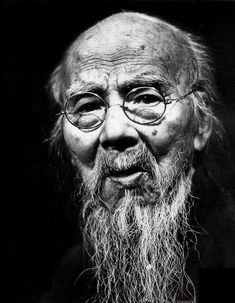 """Qi Baishi – Qi Baishi (1864-1957) Otherwise known as Huang, courtesy name: Binsheng, native of Xiangtan, Hunan Province. He trained as a carpenter in his youth but became a painter calligrapher, master seal carver and poet He was chairman of the Chinese Association of Painters. In 1963, he was listed as one of the """"World Persons of Culture"""" by the International Peace Council."""