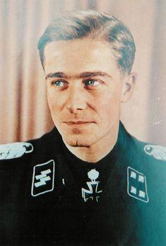 """SS-Standartenführer Joachim """"Jochen"""" Peiper"""