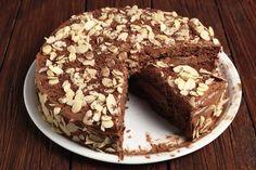 Si chiama torta del nonno di Ernst Knam ed è un dolce proposto da Benedetta Parodi: chiaramente si tratta di una ricetta facile e veloce da preparare. È una torta all'insegna del cioccolato con la … Chefs, Smoothies Detox, Sweet Corner, Light Cakes, Cake & Co, Sweet And Salty, Biscotti, Nutella, Food Art