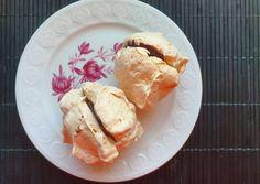 Bounty's habcsók | MrsSame-Habverő és fakanál blog receptje - Cookpad receptek Pavlova, Naan, French Toast, Dairy, Ice Cream, Bread, Cheese, Breakfast, Desserts