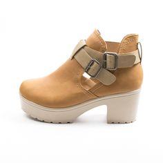Botine dama zenda Mall, Clogs, Fashion, Clog Sandals, Moda, Fashion Styles, Fashion Illustrations, Template