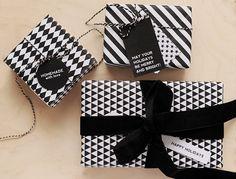 Black & White Geometric G Wrapping Velvet Ribbon