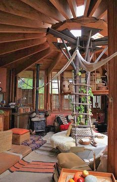 How To Build A Treehouse ? This Tree House Design Ideas For Adult and Kids, Simple and easy. can also be used as a place (to live in), Amazing Tiny treehouse kids, Architecture Modern Luxury treehouse interior cozy Backyard Small treehouse masters Arched Cabin, Yurt Living, Tree House Designs, Cozy Room, Awesome Bedrooms, Handmade Home, Handmade Items, Modern Luxury, Home Fashion