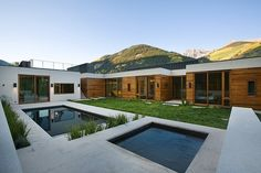 Linear House by Studio B Architects