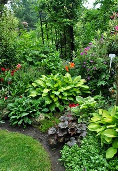 Fresh-and-Beautiful-Backyard-Landscaping-Ideas-04.jpg 612×889 pixels #lowmaintenancelandscapeshade