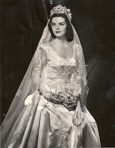 Beautiful bride, 1940s.