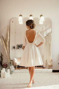 Short wedding dresses, Labude Koeln - short boho wedding dress Becky with low back neckline and half-length sleeves. Becky is a beautiful wedding dress for the registry offi. Perfect Wedding Dress, Boho Wedding Dress, Wedding Dress Styles, Casual Wedding, Civil Wedding Dresses, Bridal Dresses, Wedding Gowns, 1920s Wedding, Wedding White