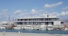 enrique abascal arquitectos: service building at the port of barbate