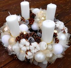 Luxury advent wreath with pine cones, gossypium flowers and christmas decorations made by www.purpur.sk