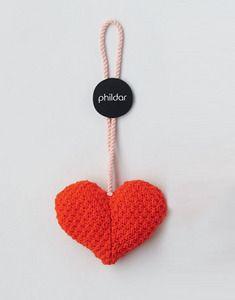 Modèle petit coeur layette