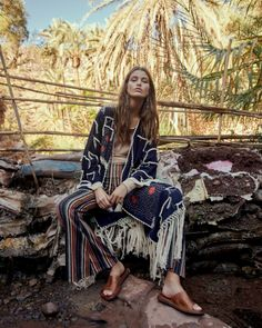 Luna Bijl for Free People Latest Campaign. Photographed by Andreas Ortner. Styling by Amanda Greyson and Hair & Makeup by Georgios Tsiogkas. Mode Hippie, Mode Boho, Art Director, Gypsy Style, Bohemian Style, Hippie Style, Style Année 70, Look Boho Chic, Paisley